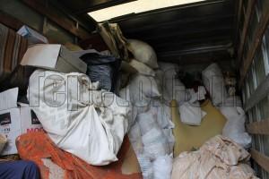 Изхвърля отпадъци в Пловдив